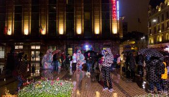 FESTIVALUL INTERNAȚIONAL AL LUMINII DIN BERLIN PREZINTĂ SITTING GUARDIANS OF TIME (AT)